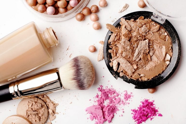 5 Great Ways to Save Money on Makeup